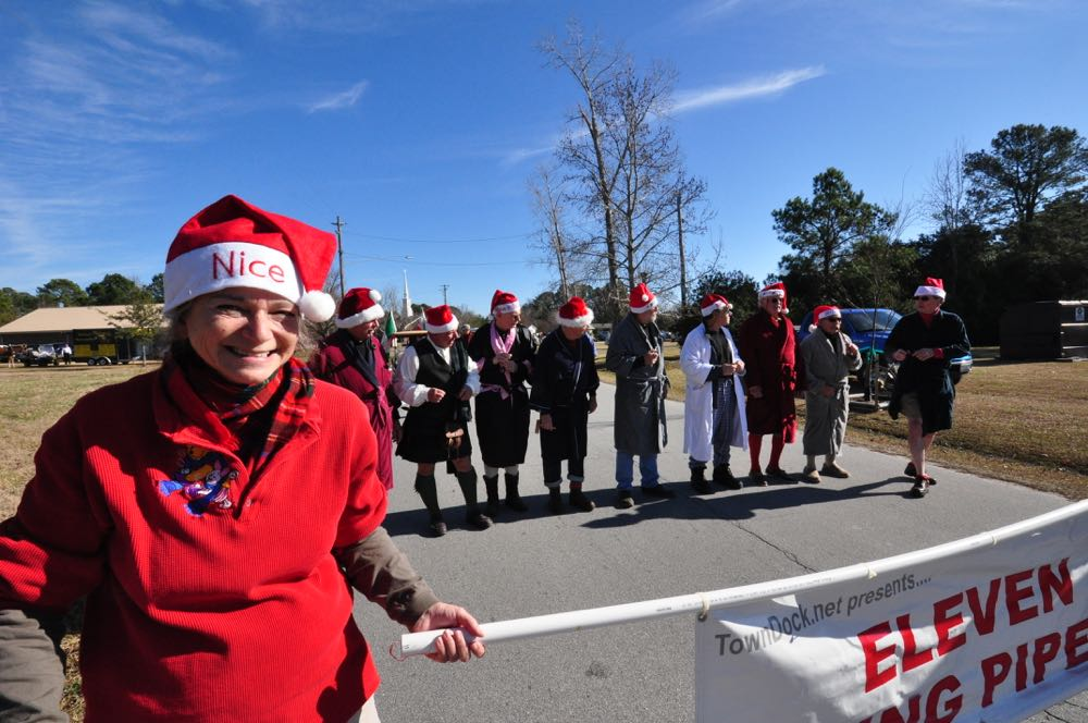 spirit christmas 2014 parade