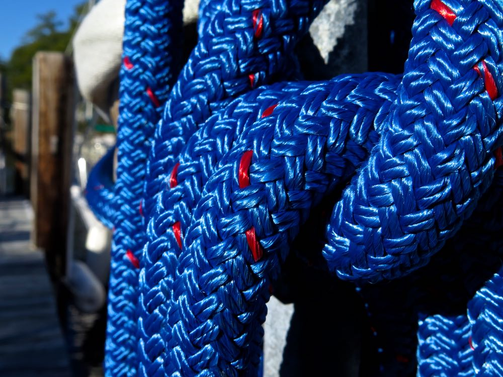 blue line cleat sea harbour