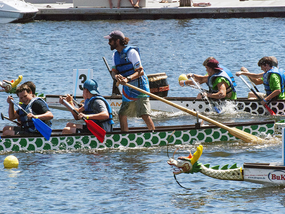 dragon boat race barks aft