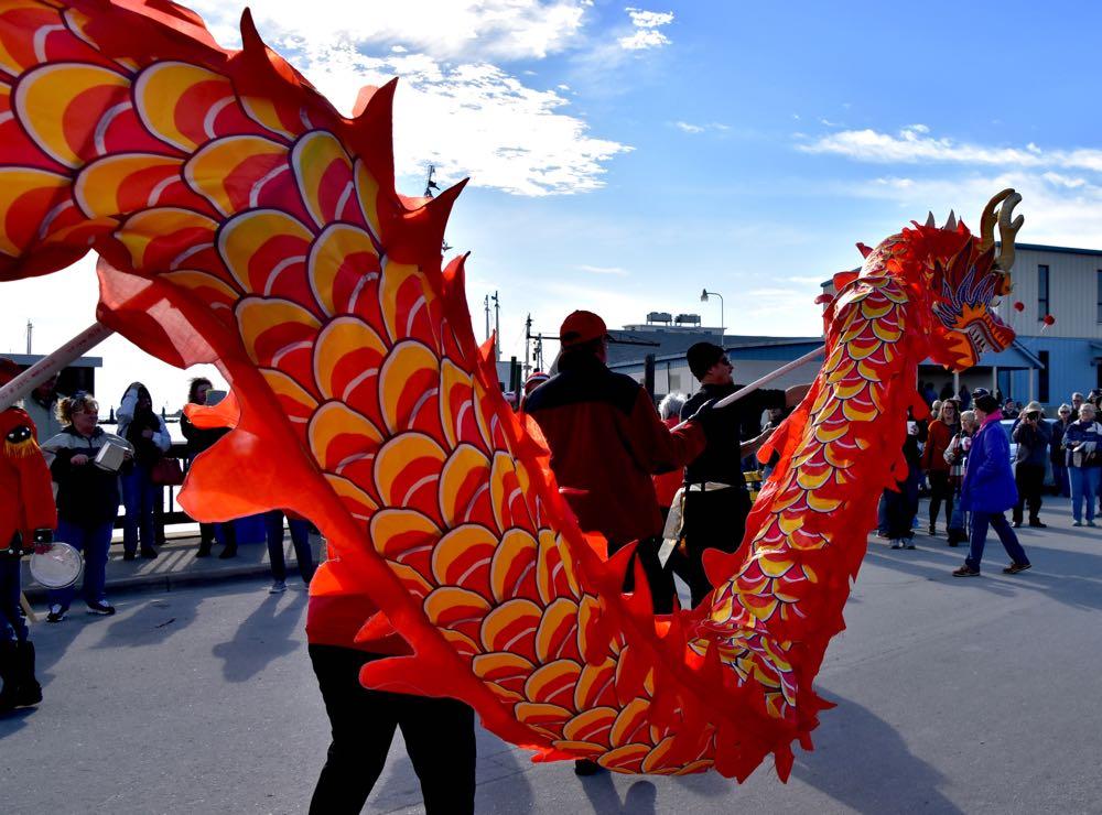 chinese new year dragon run