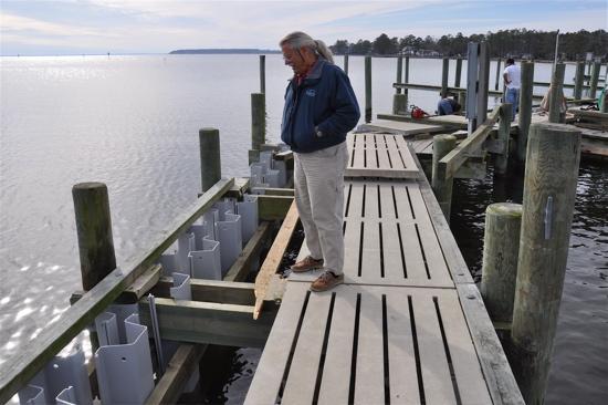 Whittaker Pointe Marina Installs Wave Attenuator